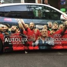 Covering voiture dans les couleurs de la Turquie lors de l'EURO 2016